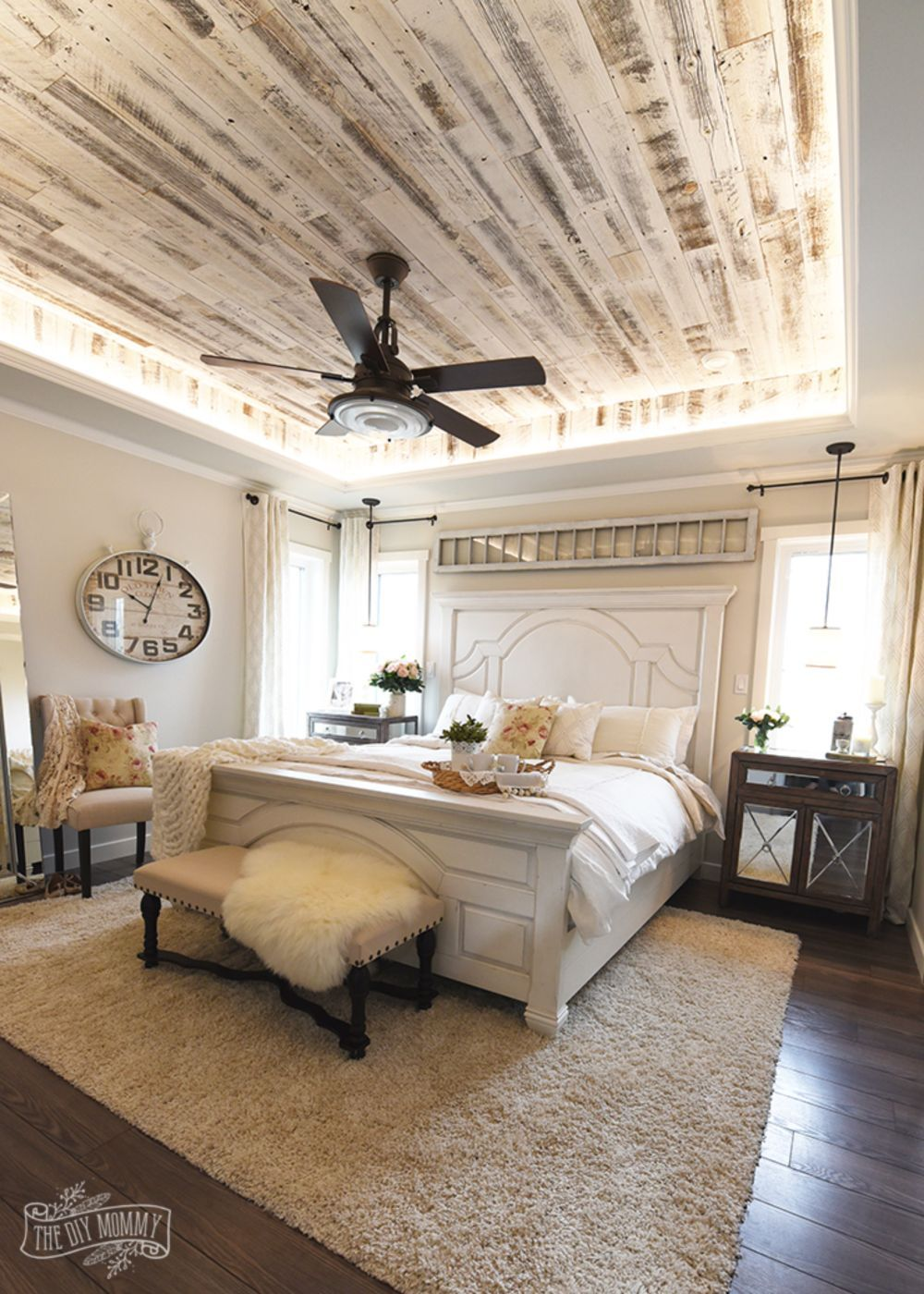 Best Amazing Ideas To Convert Room Into Farmhouse Bedroom Style This Month