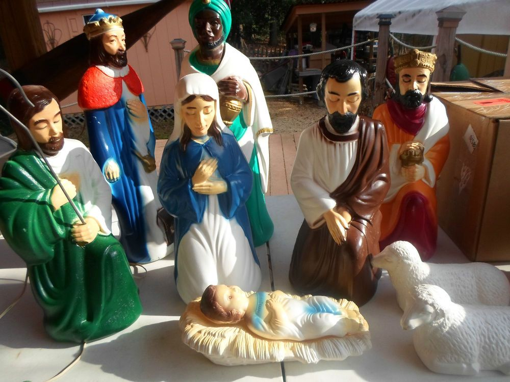 Best Vintage Empire 10Pc Lighted Bl*W Mold Nativity Set 12 To This Month