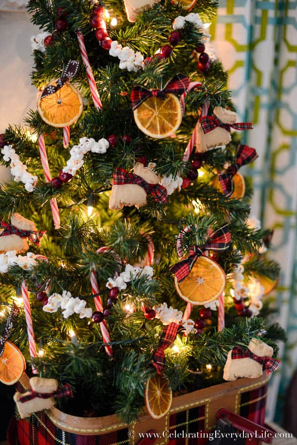 Best How To Decorate A Kitchen Christmas Tree This Month