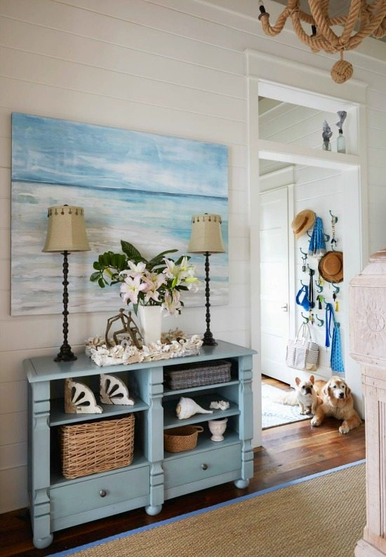 Best Elegant Home That Abounds With Beach House Decor Ideas This Month