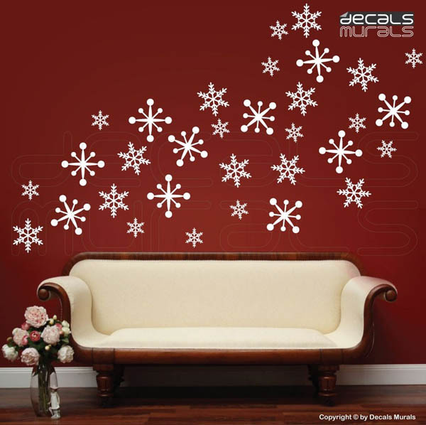 Best Christmas Wall Decorations Ideas To Deck Your Walls This Month