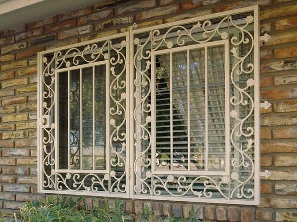 Best Burglar Bars For Windows – Protect Your Home From Intrusions This Month