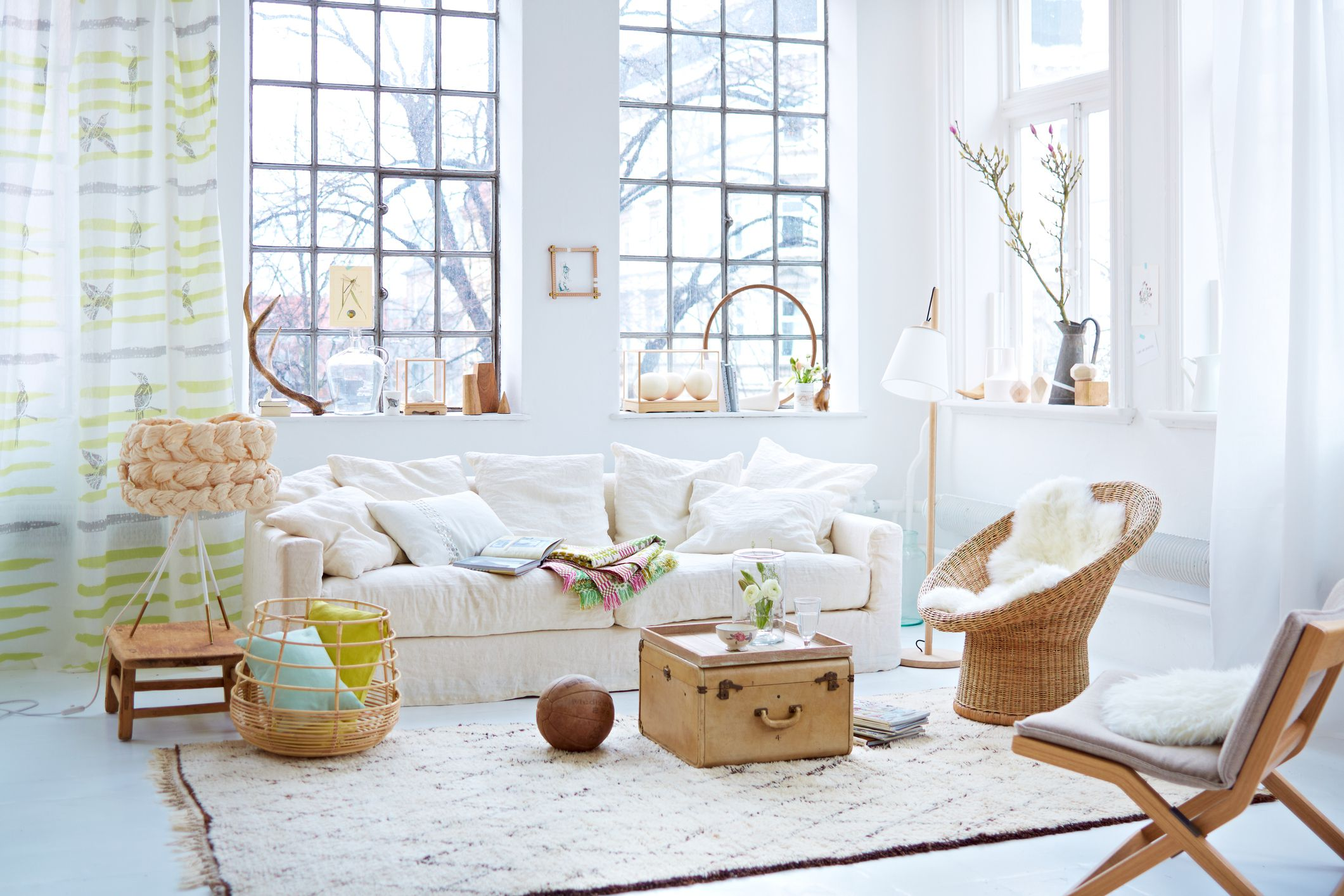 Best Guide To Mixing Interior Decorating Styles This Month