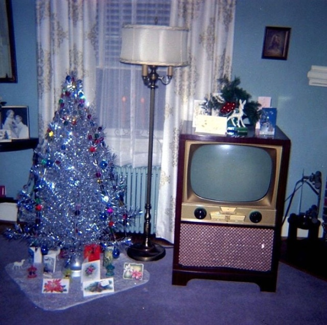 Best 30 Photos Of Christmas Home Decor In The 50S And 60S This Month
