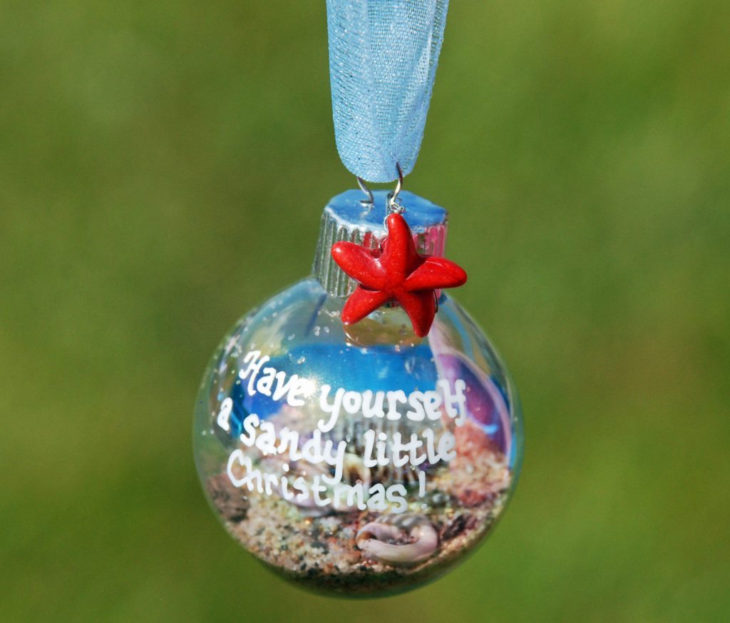 Best Decorate Your Beach Themed Christmas Tree With Ornament This Month