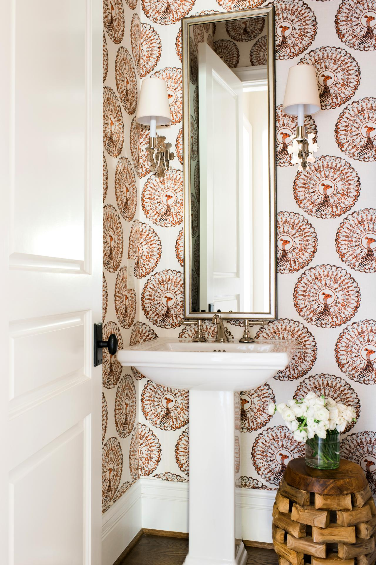 Best Small Bathroom Decorating Ideas Hgtv This Month