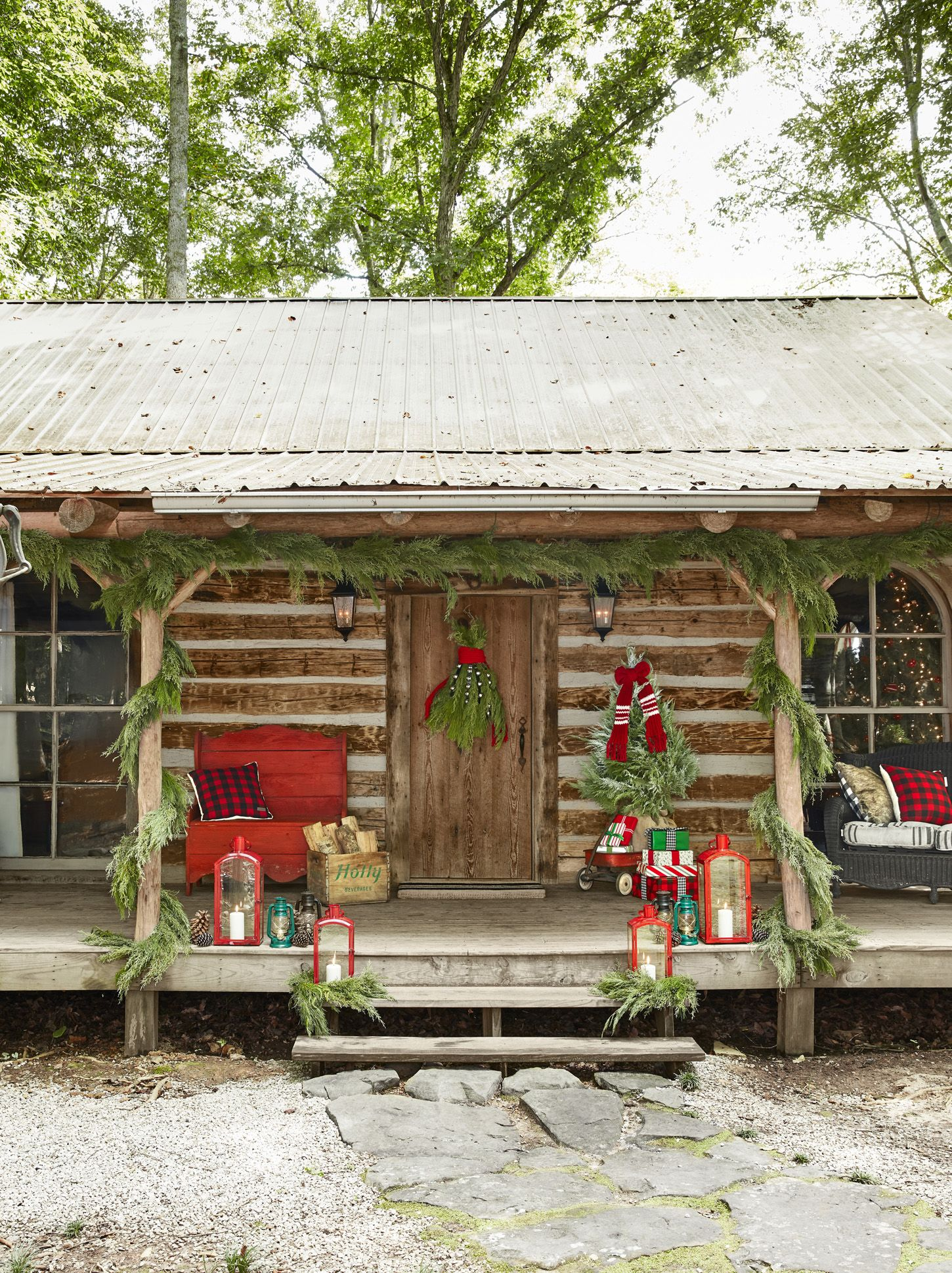 Best 40 Outdoor Christmas Decorations Ideas For Outside This Month