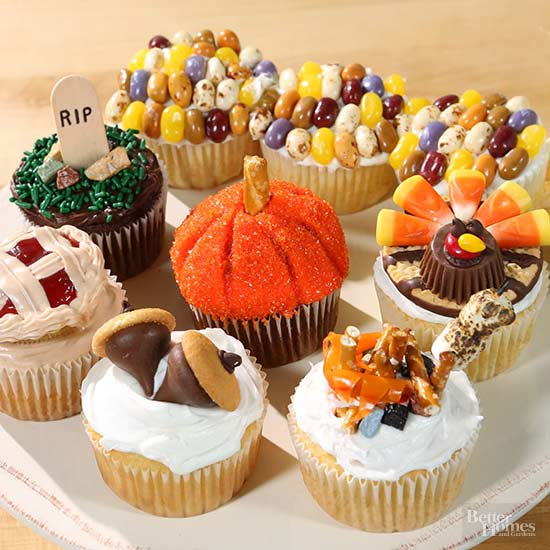 Best 7 Adorable Decorated Fall Cupcakes This Month