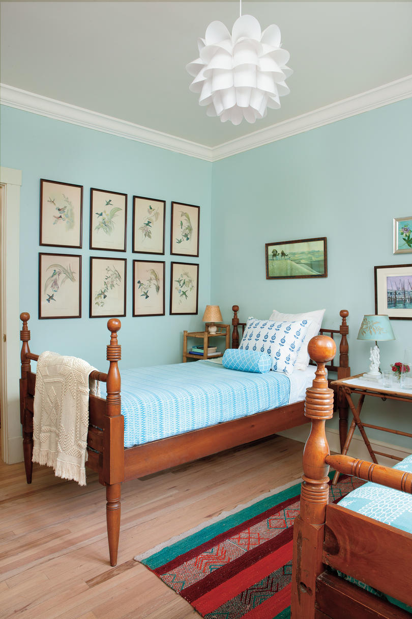 Best Gracious Guest Bedroom Decorating Ideas Southern Living This Month