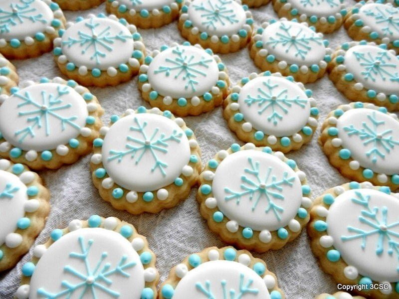 Best Mini Snowflake Rounds Hand Decorated Sugar Cookies For Winter This Month