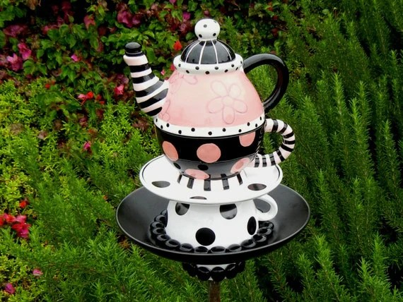Best Teapot Bird Feeder Alice In Wonderland Theme Repurposed This Month