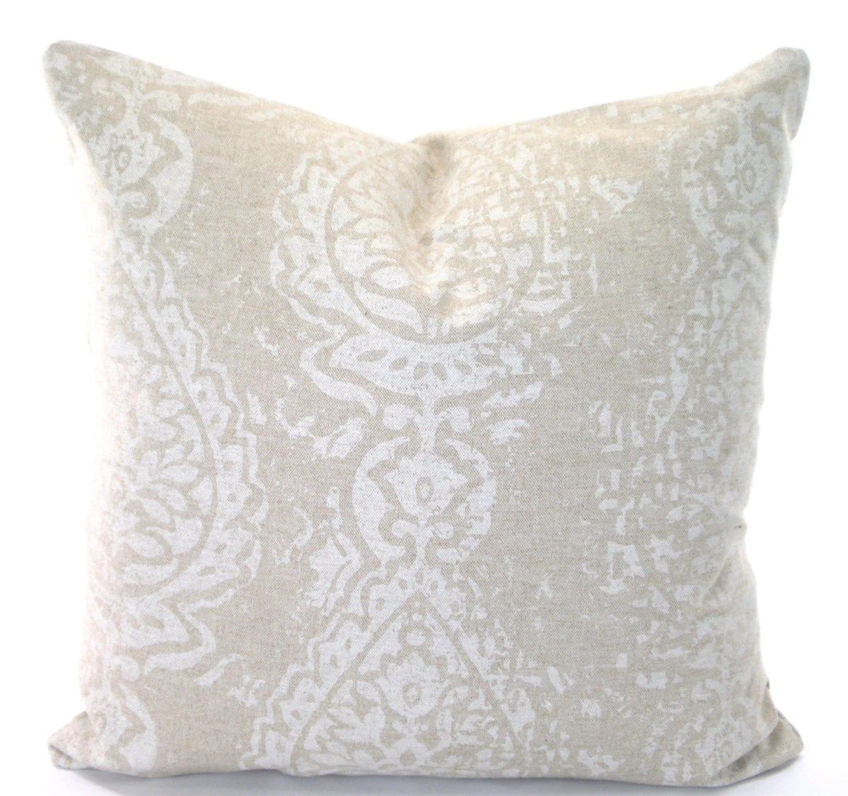 Best Tan Off White Decorative Throw Pillow By Pillowcushioncovers This Month