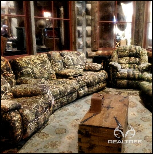 Best Realtree Camo Couch It S Perfect For Mancave This Month