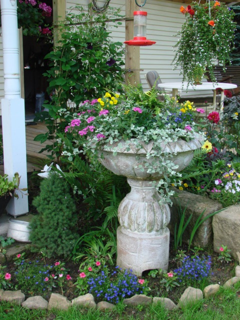 Best 1000 Images About Bird Bath Decorating On Pinterest This Month