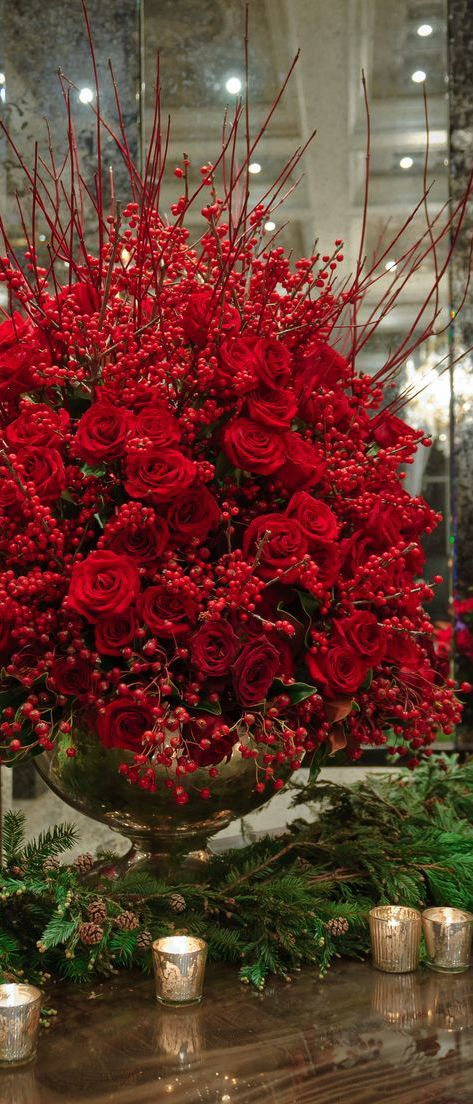 Best The 25 Best Christmas Floral Arrangements Ideas On This Month
