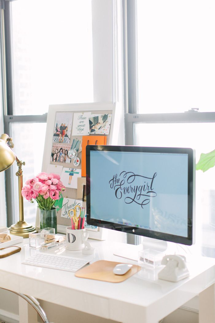 Best 1000 Ideas About Work Office Decorations On Pinterest This Month