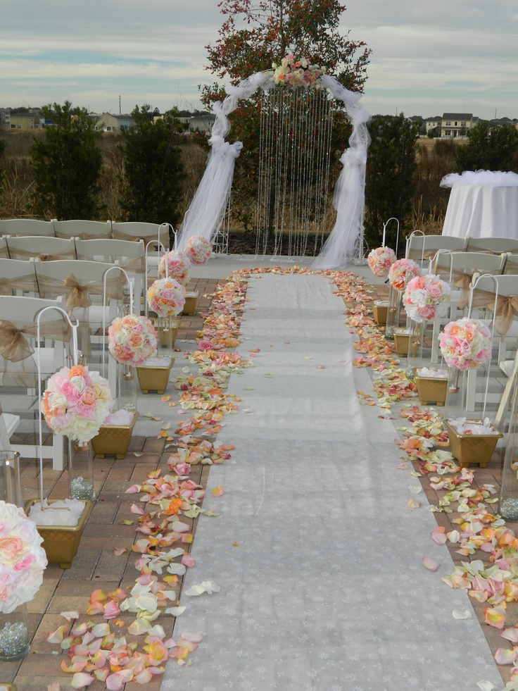 Best 1000 Ideas About Outdoor Wedding Aisles On Pinterest This Month