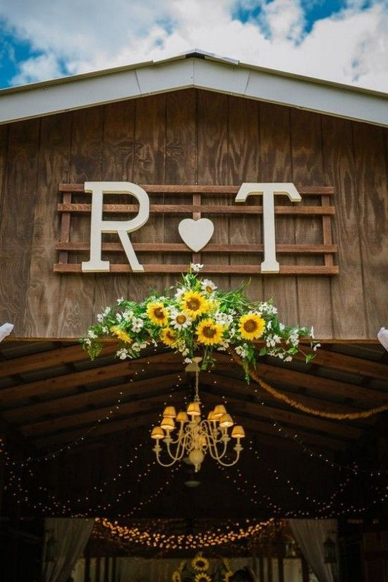 Best 1000 Ideas About Rustic Barn Weddings On Pinterest This Month