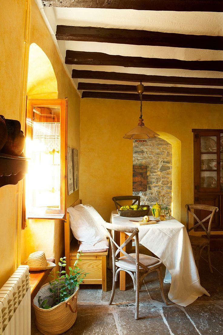 Best Yellow Breakfast Nook In A Spanish Farmhouse El Mueble This Month