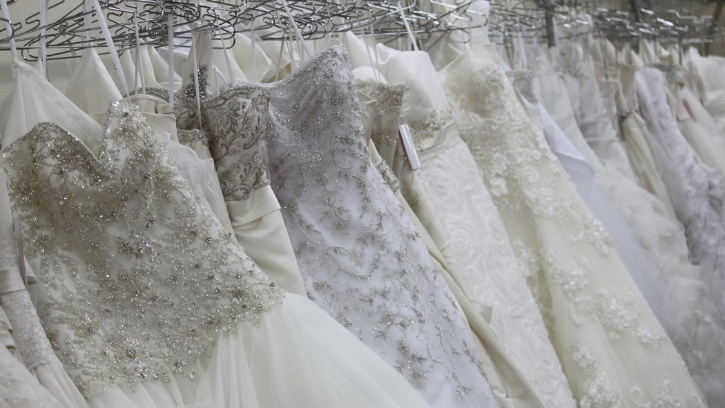 Best 25 Wedding Dress Resale Ideas On Pinterest You This Month