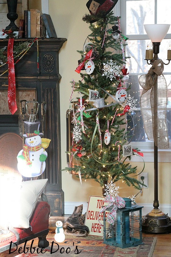 Best Dollar Tree Christmas Craft And Decor Ideas Debbiedoos This Month
