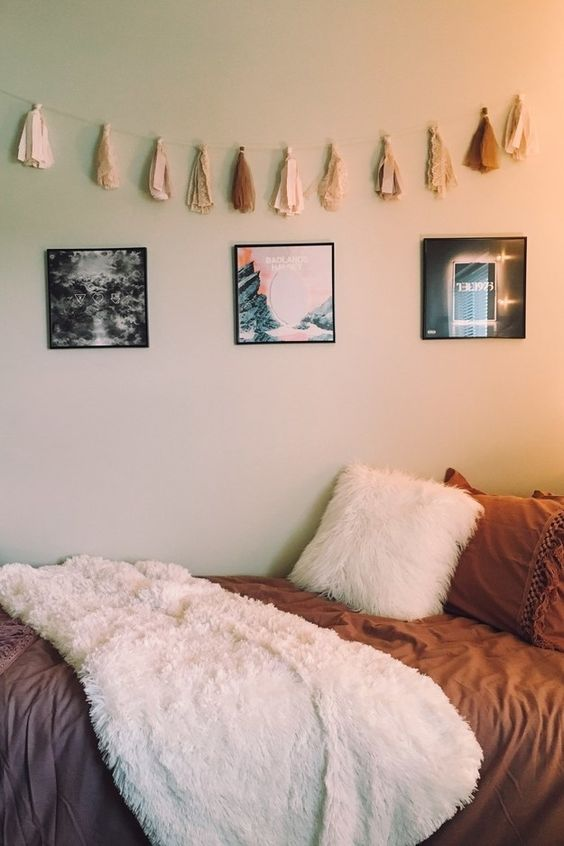 Best 45 Cool Dorm Room Décor Ideas You'll Like Digsdigs This Month