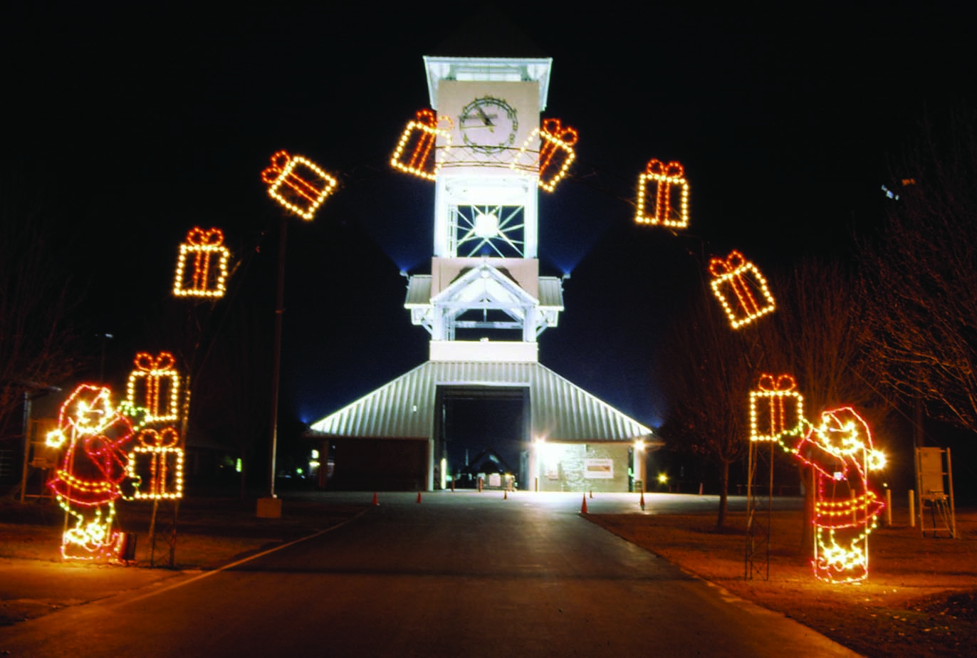 Best Commercial Lighted Arches For Drive Thru Parks And City This Month