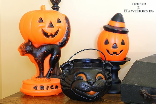 Best Vintage Halloween Party Decor House Of Hawthornes This Month
