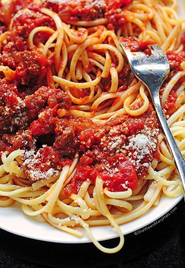 Spaghetti Sauce Recipe   shewearsmanyhats.com