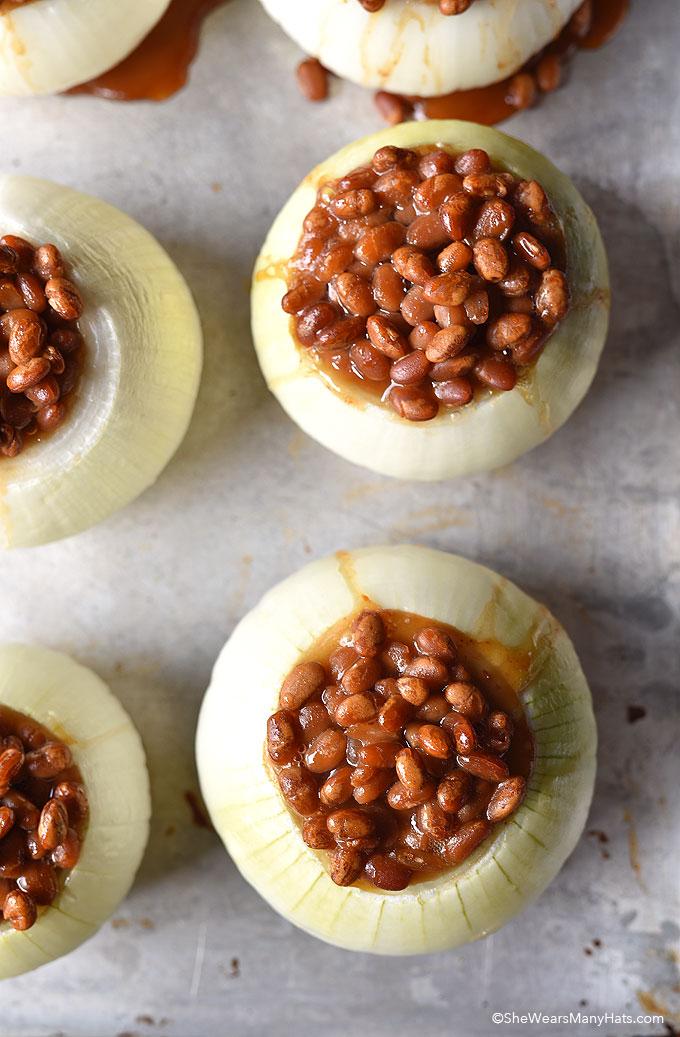 Baked Beans in Onion Bowls shewearsmanyhats.com