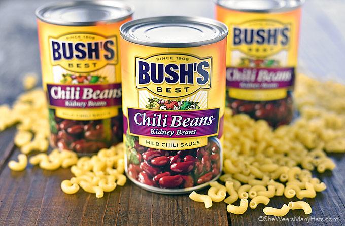 Easy Chili Mac Recipe | shewearsmanyhats.com