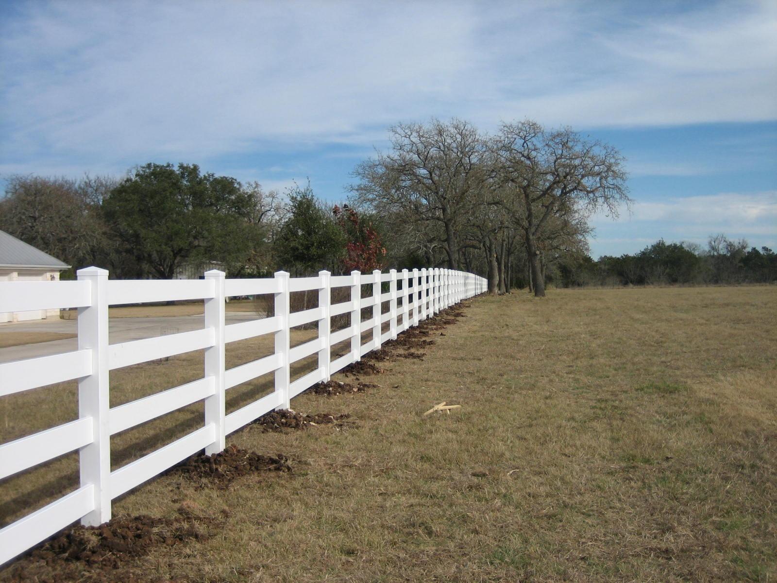 Commercial Vinyl Fences