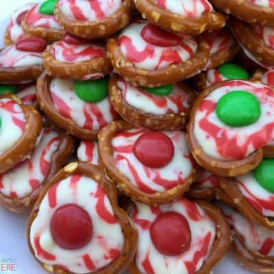 The combination of salty and sweet is what keeps you coming back for more of these Candy Cane Pretzel Bites! They are the perfect treat for holiday parties.