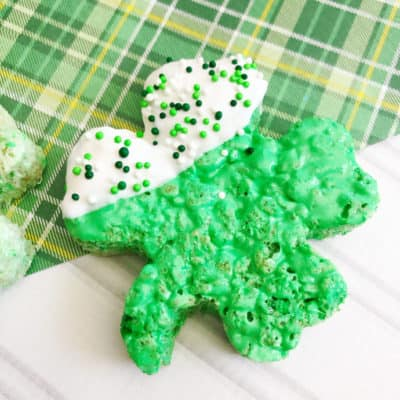 Sweet, chewy and crispy, Shamrock Rice Krispies Treats are a simple and delicious way to celebrate St. Patrick's Day with the kids!