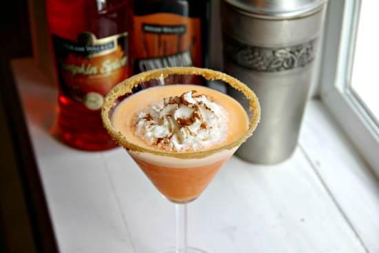 Pumpkin Cheesecaketini Dessert Cocktail Recipe | SnappyGourmet.com