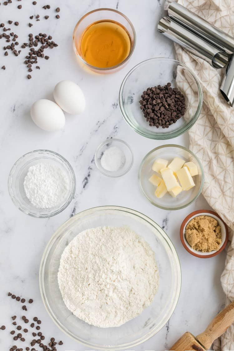 Ingredients for homemade cannoli shells