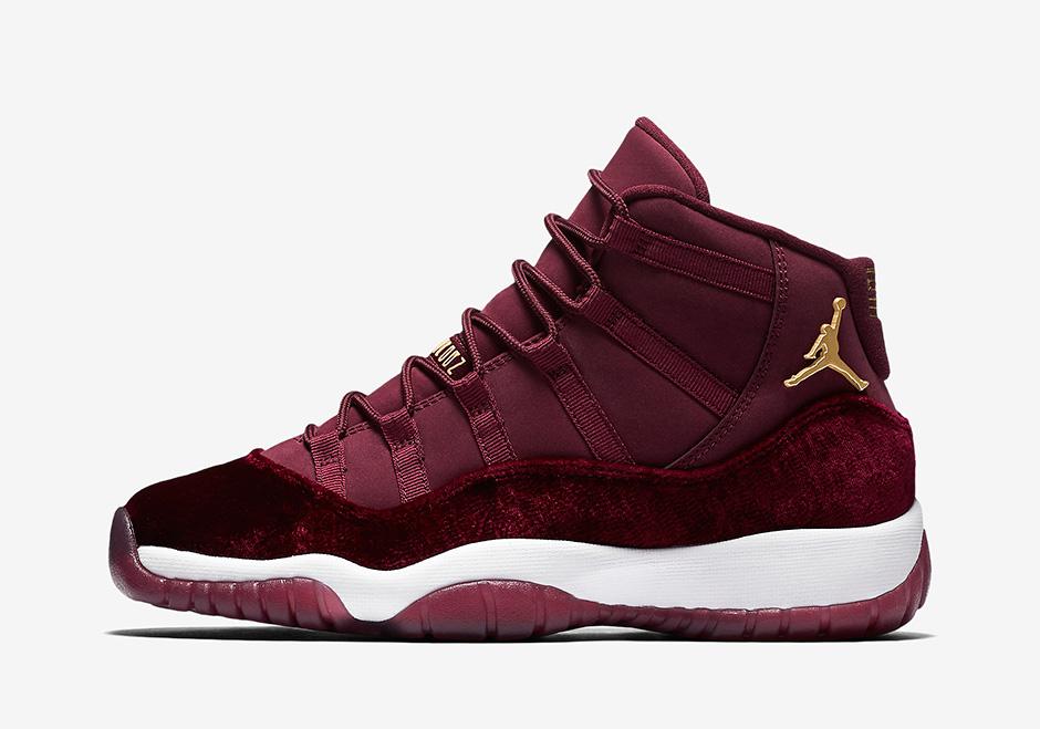 Jordan 12 Burgundy
