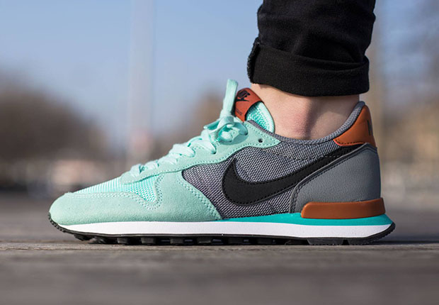 Teal And Grey Nike Shoes