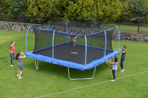 10 Best Square Trampolines 2020