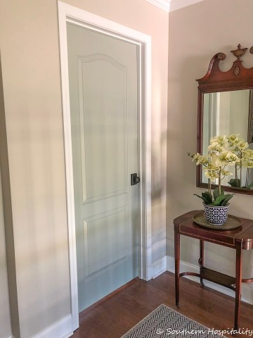 Painting Interior Doors a Color   Southern Hospitality Painting Interior Doors   Changing Hardware