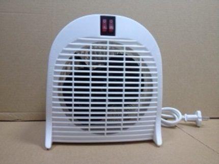 Pequeno aquecedor de ventilador barato