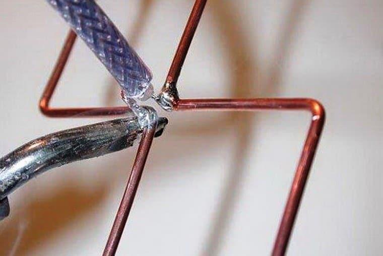 Антенны из металлических трубочек   Как сделать антенну из пивных банок
