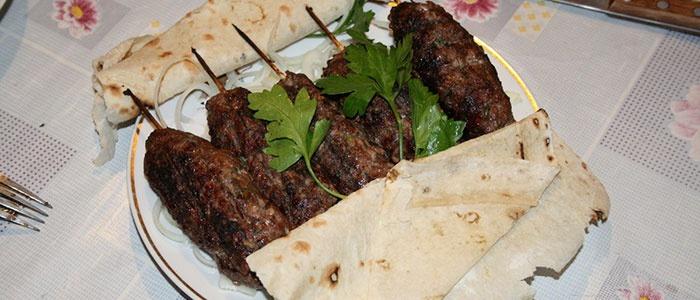 کباب کباب کباب در پیتا