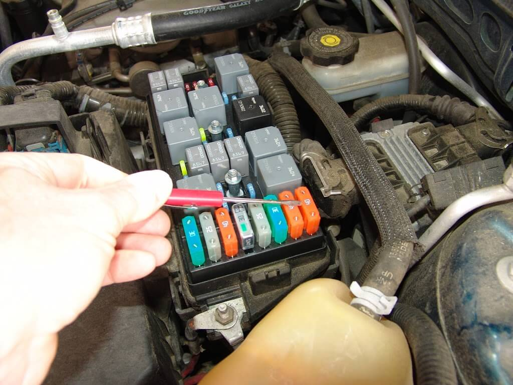 Chevy Hhr Power Steering Fuse