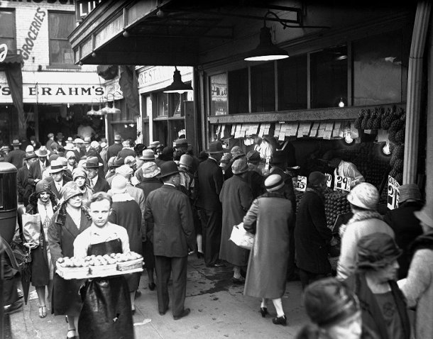 The Transformation of Shopping in the early 20th century ...