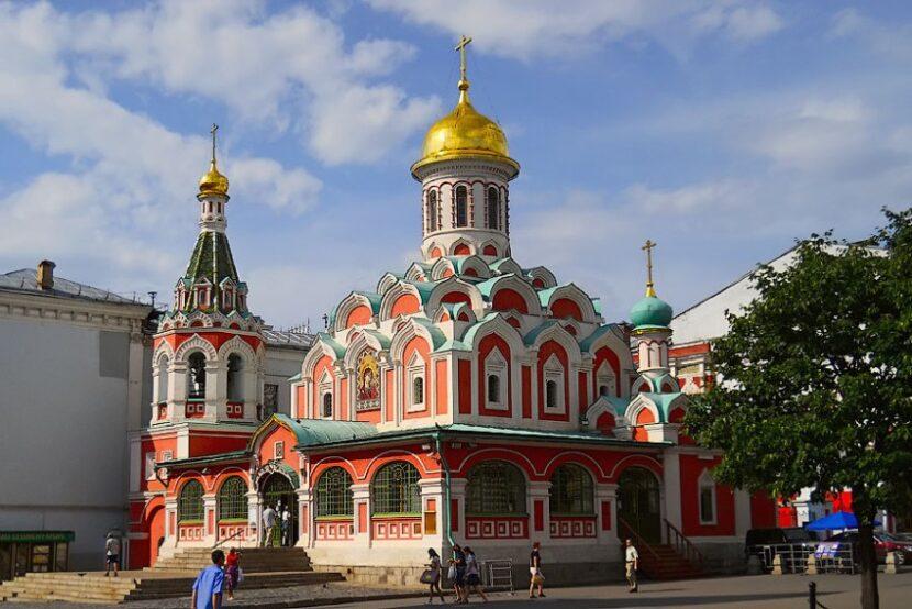 Красная площадь в Москве - как добраться, где находится, фото