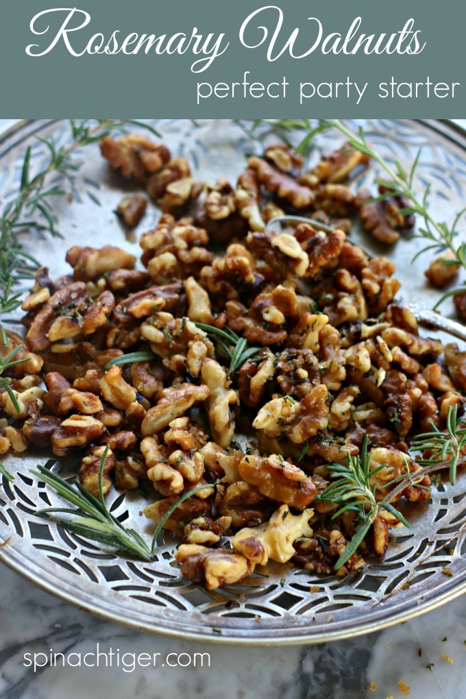 Rosemary Walnuts, Perfect Party Starter from Spinach Tiger #rosemary #walnuts #appetizer #partyfood #recipe