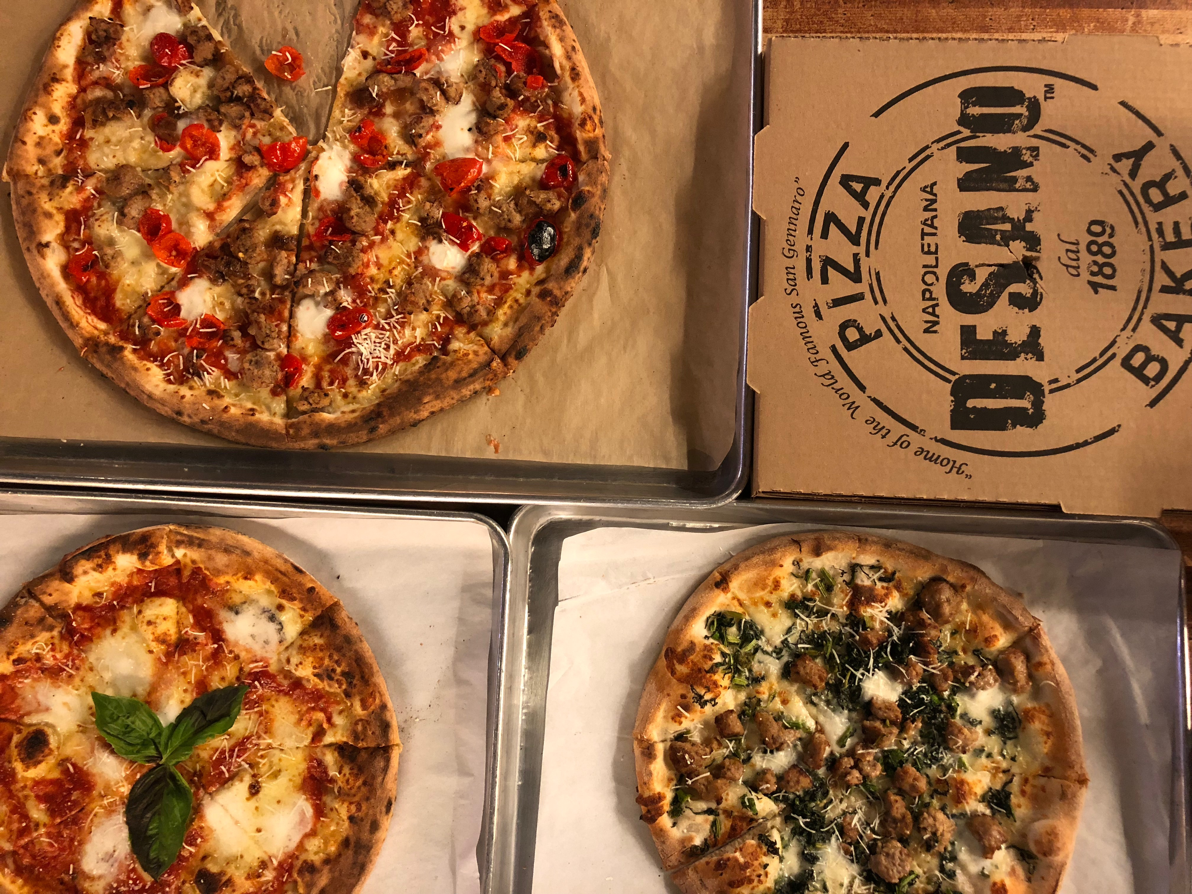 Crushing on Nashville Pizza : Desanos Pizza from Spinach Tiger