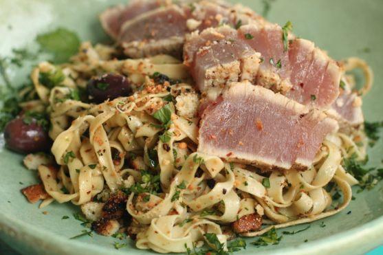 Seared Tuna with Pasta