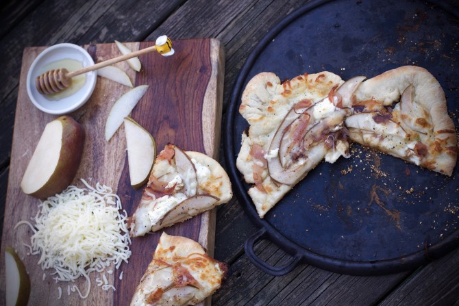 Pear Prosciutto Goat Cheese Pizza
